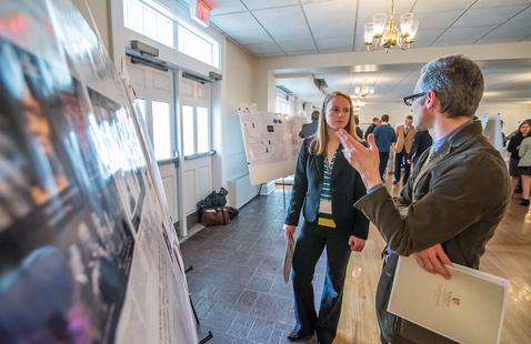 Virtual Volunteer Spotlight: Smithsonian Digital Volunteer