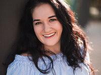 Naomi Merer (photo by Zach Mendez)
