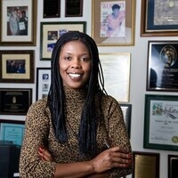 Star Parker: Breaking the Poverty Cycle in our Ciites