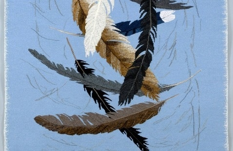 hand weaving picture of feathers