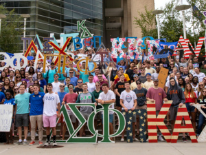 How to Get Involved on Campus: Fraternity and Sorority Life