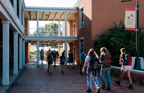 Santa Fe Graduate Student Move-In