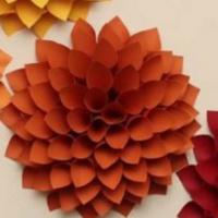 Make & Take: Paper Dahlia Wreath