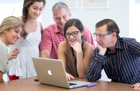 Discover financial aid and scholarship opportunities at SCAD virtual information session