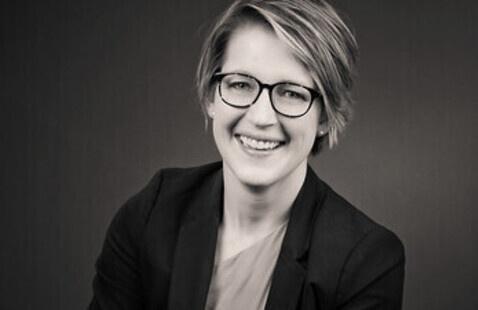 Photo of Dr. Christine Hockett