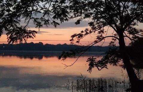 Hardy Lake at sunset