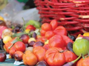 WUSM Farmer's Market