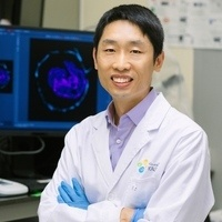 """USC Stem Cell Seminar: Mo Li, King Abdullah Univ. of Science & Technology—""""Nanopore sequencing resolving CRISPR-induced mutations in human pluripotent stem cells and germline mitochondria genetic heterogeneity at the single-molecule and single-cell level"""""""