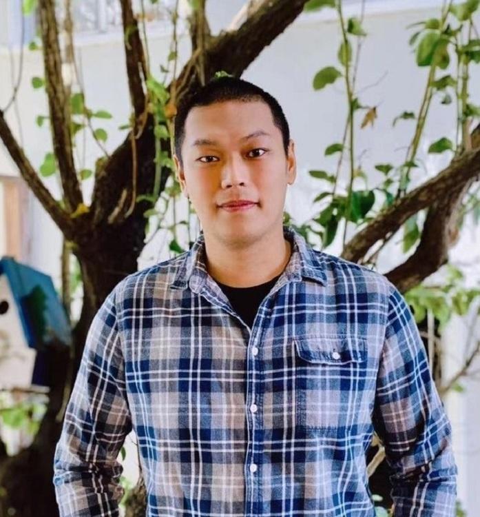 Prof.  Chong Zu, Assistant Professor of Physics, Washington University in St. Louis