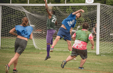 Image of sudents playing Ultimate Frisbee