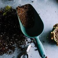 Sustainable Potting Soil Class