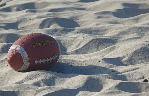 Tampa Network: Wolfpack Pigskin and Pig Pickin' on the Bay