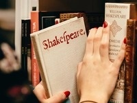Moving Beyond One Dimensional Shakespeare in the Classroom