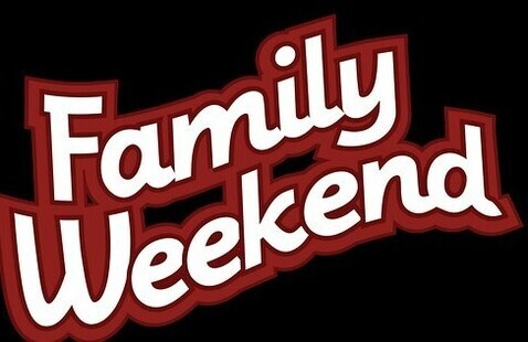 Family Weekend Welcome Table & Activity Sign-Ups