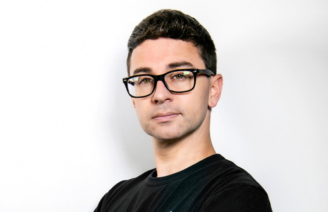 Stream free virtual talk with designer Christian Siriano on 'Guests and Gusto'