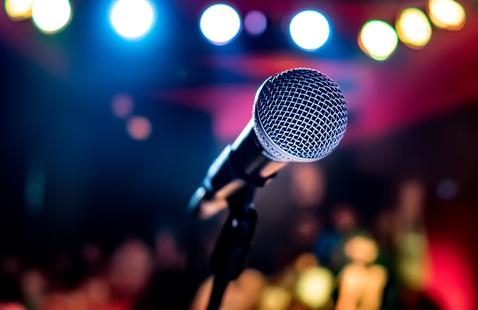 Student Engagement Presents: Karaoke Night!