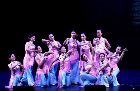 2016 August Moon Chinese Cultural Gala Performance