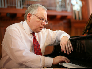 Faculty/Guest Recital: Peter Takács, piano and Robert deMaine, cello