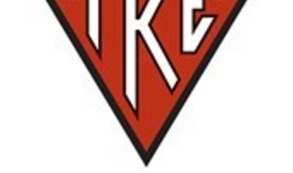 TKE - Bonfire at Breakers