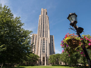 Pitt Alumni Association's Spirit Decoration Contest