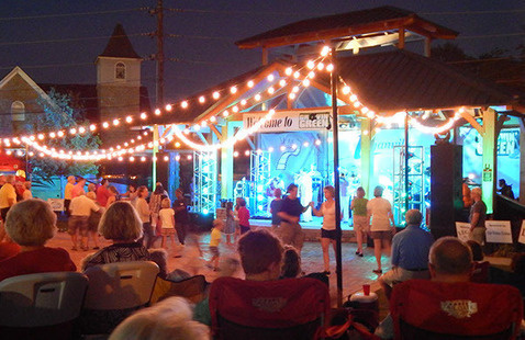 Loganville's Groovin on the Green:  The Embers