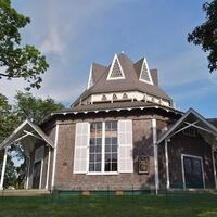 Oak Bluffs Walking Tour