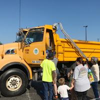 Children's Institute: Kids & Trucks