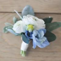 Floral Design: Romantic Bouquet and Boutonniere