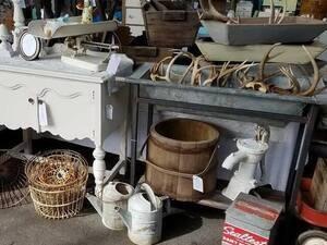 Art-Tiques Vintage Market