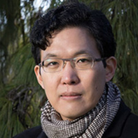 "Talk: Walter Chon ""Korean Theatre in the Era of the Korean Wave"""