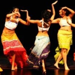 Bollywood Dancing with International Studies Network!