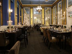 Viva Las Vegas Wedding Ceremony at the Lord Baltimore Hotel