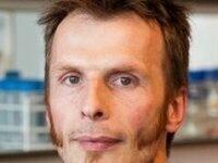 """Molecular mechanisms underlying ambient  temperature control of flowering time in Arabidopsis"" - Richard Immink"