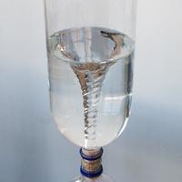 Little Scientist - Tornado in a Bottle
