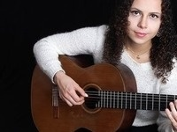 Eastman Performing Arts Medicine: Maya Loncar, Guitar